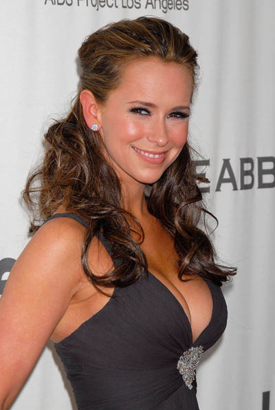 Jennifer Love Hewitt looking dreamy.